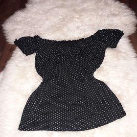 Inzeráty Černá halenka - Bazar oblečení a2bfa39770