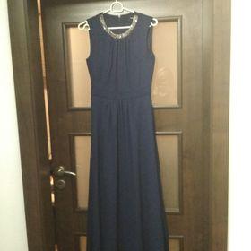 Dlouhé šaty na ples - Luštěnice e78744ae6d