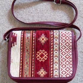 21b658c655df Bazar kabelek a tašek - Sbazar.cz