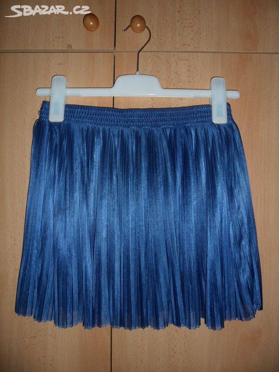 Nádherná modrá skládaná sukně c7bc07a5d2