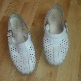 170f5f9a1e2 Pracovní boty LOWA vel.39- NOVÉ - Pečky