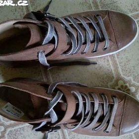 1 800 KčPraha. Cyklo boty obuv Aerofit 900 černo- Určeno 0209154a77