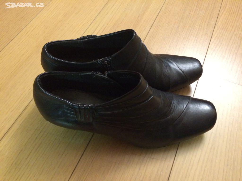 Černé kožené kotníčkové boty - Písek - Sbazar.cz 4ef3315a4e