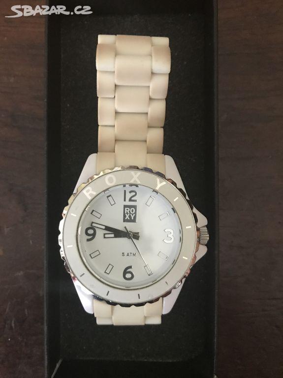 d7e4cb695 Prodám bílé dámské hodinky Roxy. - Praha - Sbazar.cz