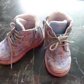 Inzeráty odrazedlo - Dětská obuv a botičky bazar kraj Pardubický ... cb552254a1