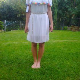 Inzeráty bílé šaty 40 - Společenské šaty bazar - Sbazar.cz f8622cd91a8