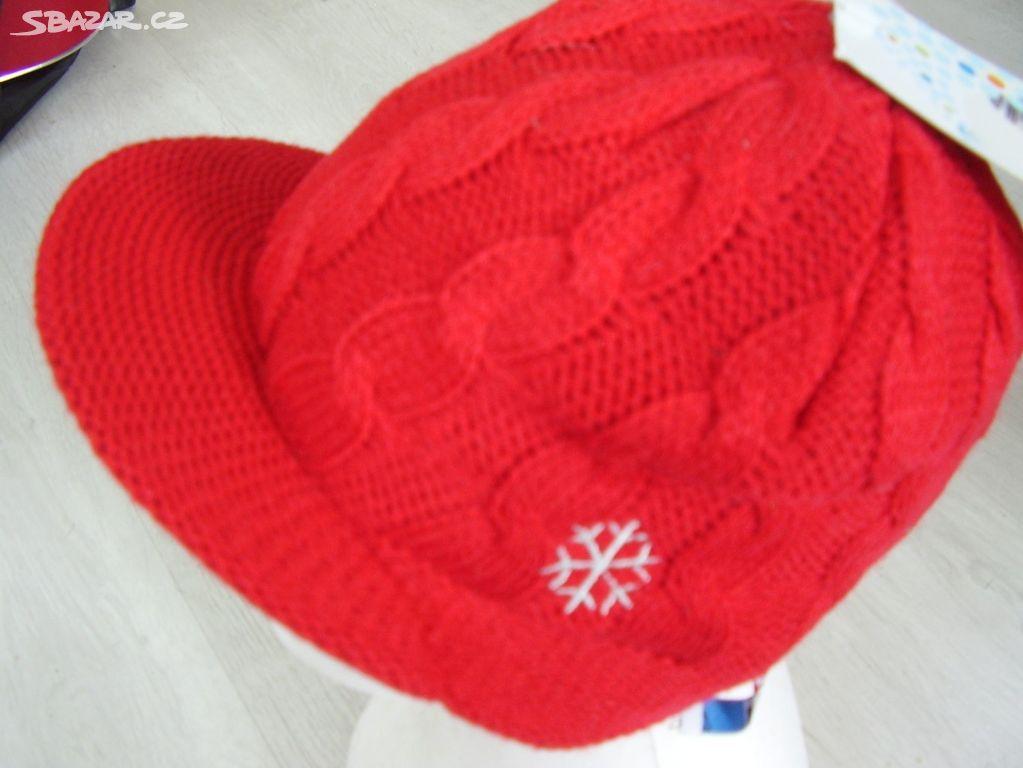 Pletená zimní čepice s kšiltem T GO ca19125df3