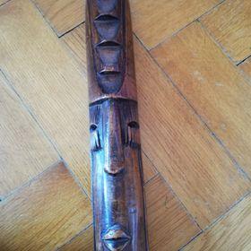 f21418b8786 Dřevěné masky a dřevěná krabička - Havířov