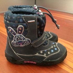 26baec28ec3 1 499 KčMníšek pod Brdy. NOVÉ dětské zimní boty Geox vel. 21. Inzerát byl  odebran z oblíbených.