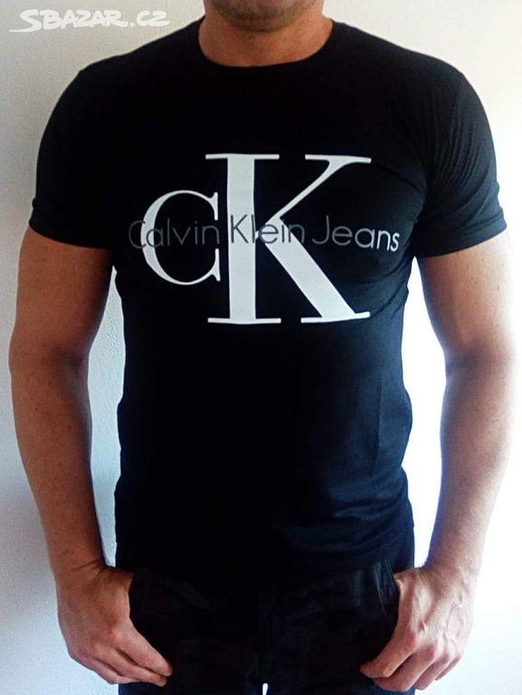 03b18e957 Pánské černé tričko Calvin Klein - Říčany, Praha-východ - Sbazar.cz