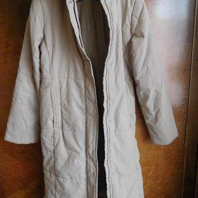 Dámský prošívaný kabát. Inzerát byl odebran z oblíbených. 24ee3a0549
