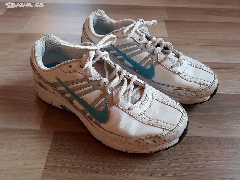 Prodám sportovní obuv NIKE - Hořovice 581477fa60