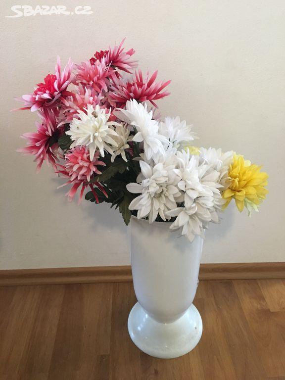 c61494ba0a0 Umělé květiny - Velké Bílovice