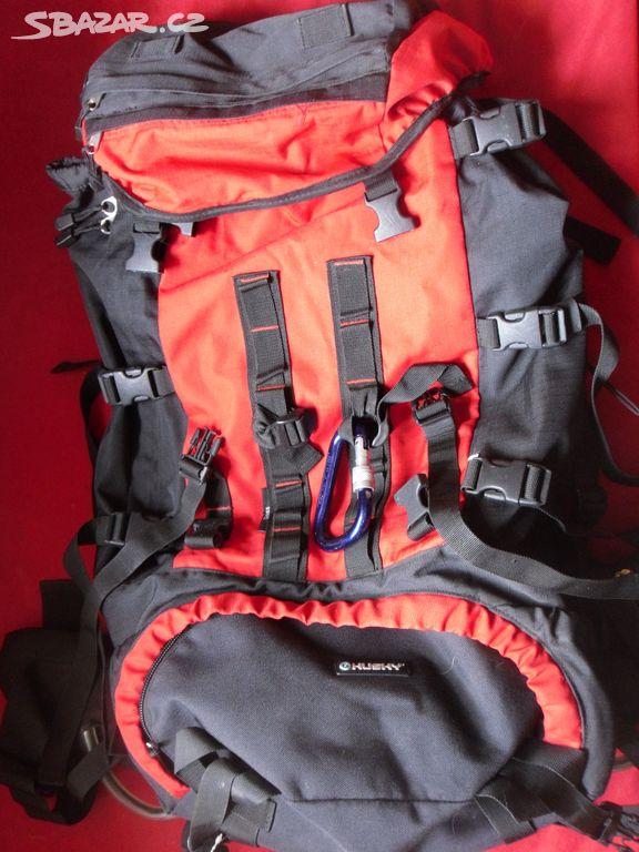 1ade2ba148 Kvalitní turistický batoh Husky. Inzerát byl odebran z oblíbených.